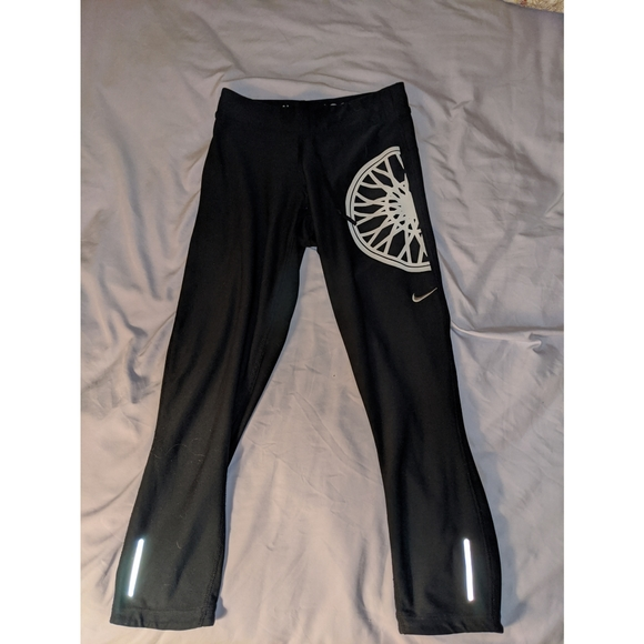 Nike Pants - Black Nike x Soul Cycle midcalf leggings